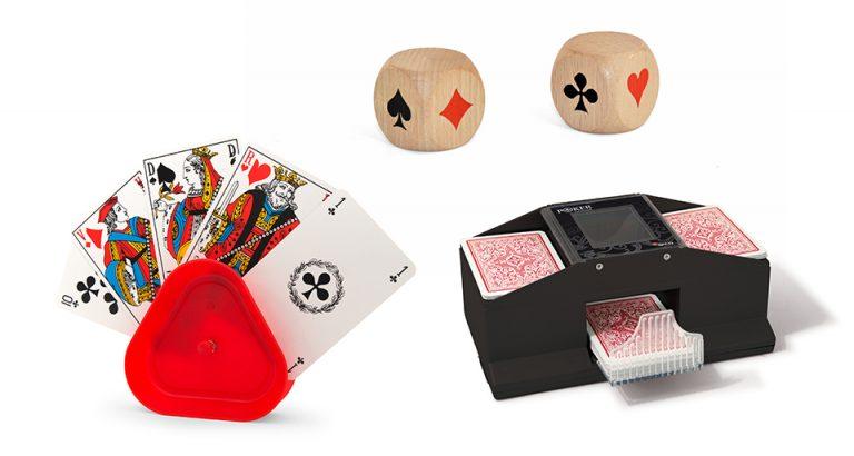 Porte-cartes, dés de Belote et batteur de cartes