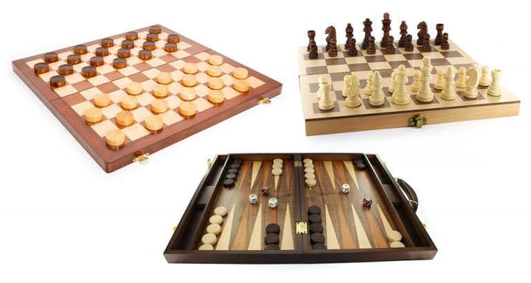 Jeux traditionnels : Échecs, Dames et Backgammon