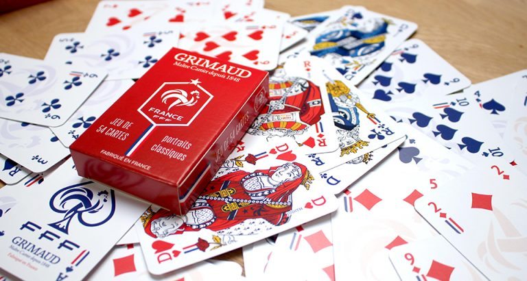 Jeu de cartes Grimaud rouge et FFF
