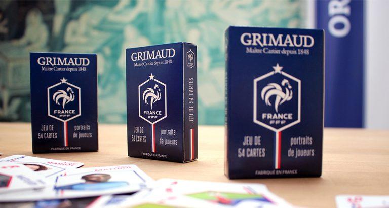Jeux de cartes Grimaud bleus joueurs et FFF